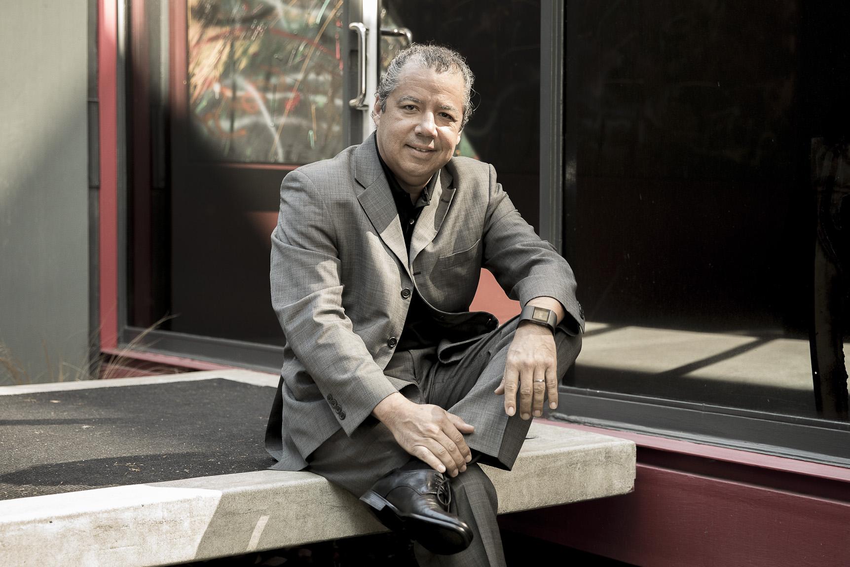 Edgar Paz, AIA